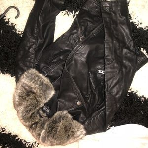 topshop leather jacket with faux fur collar